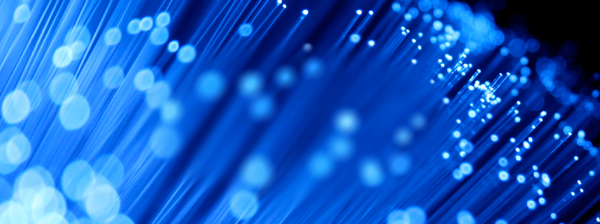 Blue broadband fibres